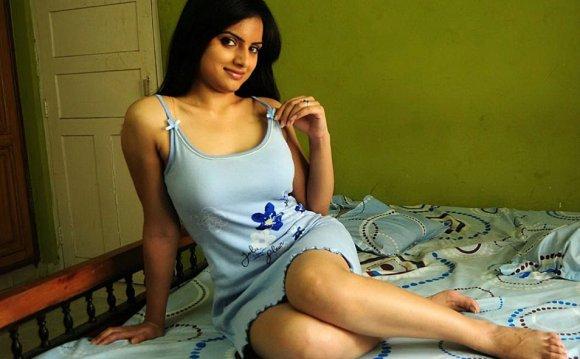 RE: unseen hot pics of Ritu