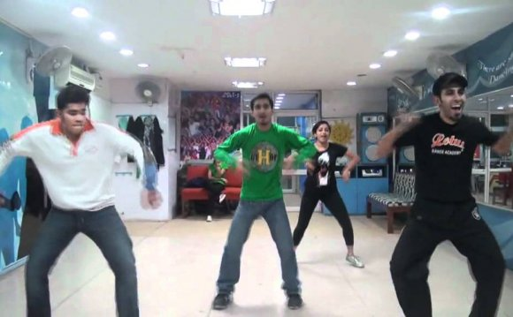 Desi boys bollywood dance by