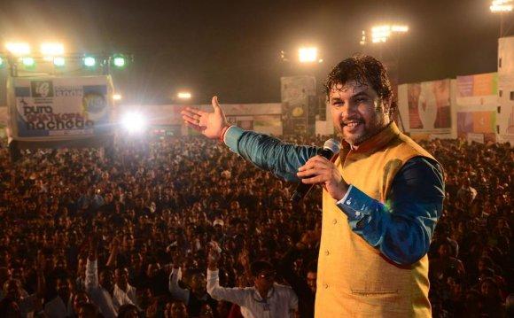 This Gujju Singer Bhajan-ized