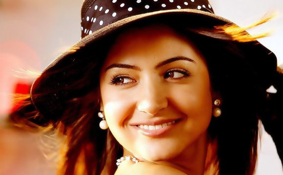 Anushka Bollywood Actress