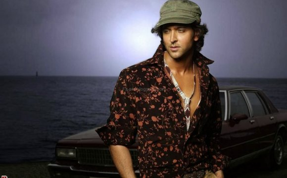 Bollywood actor Hrithik Roshan Biography