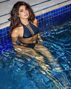 Priyanka-Chopra-on-Esquire-6