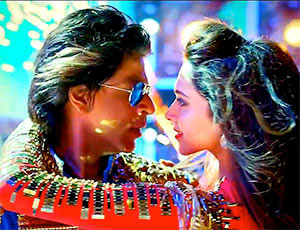 Shah Rukh Khan and Deepika Padukone in Happy New Year