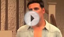 Akshay Kumar Slapped His Fan | Latest Bollywood News 2014